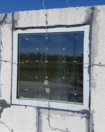 Window external surface with thermocouples